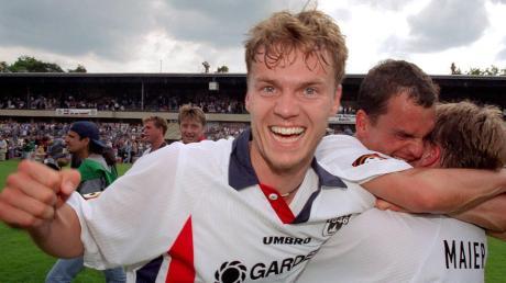 Leidenschaft und Teamgeist: Damit Hat Marco Konrad (links) vor mehr als 20 Jahren mit dem SSV Ulm 1846 den Aufstieg in die Bundesliga geschafft.