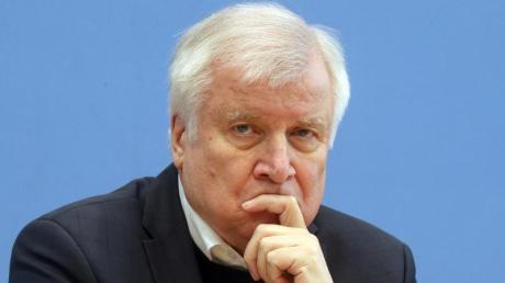 Horst Seehofer (CSU) ist als Bundesinnenminister auch für den Sport zuständig.