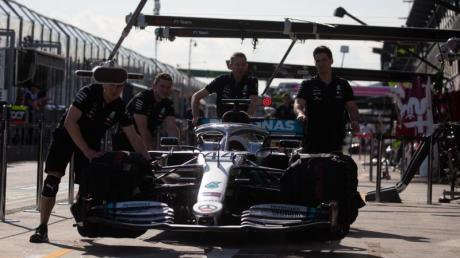 Auch in der Formel 1 sind derzeit die Motoren aus.