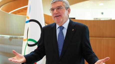 Thomas Bach kann sich auch Olympische Spiele im Frühling vorstellen.