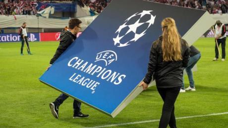 Auch eine mögliche Fortsetzung der Fußball-Champions-League ist unklar.