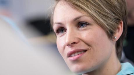 Geht mit IOC-Boss Thomas Bach hart ins Gericht: Ex-Biathletin Magdalena Neuner.
