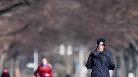 Joggen mit reichlich Anstand zu anderen Läufern ist erlaubt.