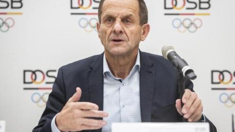 Erhielt von seinen Athleten ein klares Votum wegen der Olympia-Verlegung:DOSB-Präsident Alfons Hörmann.