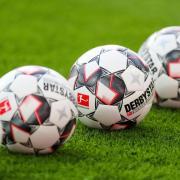 Die Fußball-Bundesliga pausiert mindestens noch bis Ende April.