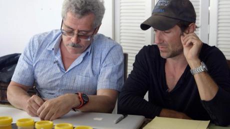 Ikarus-Regisseur Bryan Fogel (r) mit dem russischen Wissenschaftler Grigori Rodschenkow.
