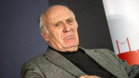 Der frühere Leichtathletik-Funktionär Helmut Digel verteidigt IOC-Chef Thomas Bach.
