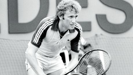 Ein Bild aus vergangenen Tagen: Max Wünschig zählt Ende der 70er und Anfang der 80er zu den besten Tennisspielern Deutschlands. Hier 1981 beim ATP-Turnier in Stuttgart.