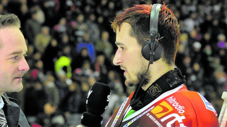 Ein gefragter und der vielleicht wichtigste AEV-Spieler in den Play-offs 2010: Torhüter Dennis Endras.