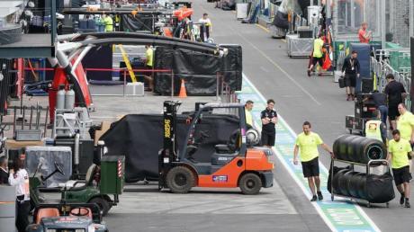 Die Formel 1 dehnt ihre Zwangspause wegen der Corona-Krise aus.
