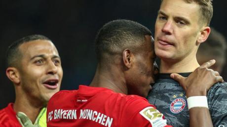 Ob Manuel Neuer seinen Vertrag beim FCBayern verlängert, steht noch nicht fest.