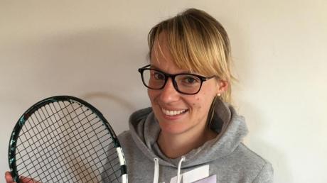 Ihr großes Hobby ist Tennis: Christina Gramlich spielt für die Damen der TeG Neuburg.