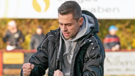 Hatte im bisherigen Saisonverlauf schon mehrfach die Möglichkeit, sich über einen dreifachen Punktgewinn seines Teams zu freuen: Rains Trainer Alexander Käs.