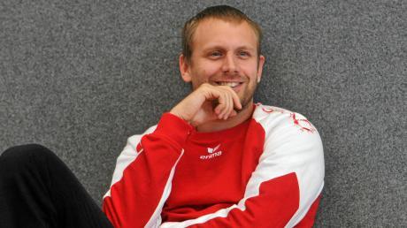 Nach einer erfolgreichen Saison gibt Michael Rothfischer sein Amt als Chef-Trainer der Haunstetter Handballer ab – allerdings ohne Aufstiegsfeier.