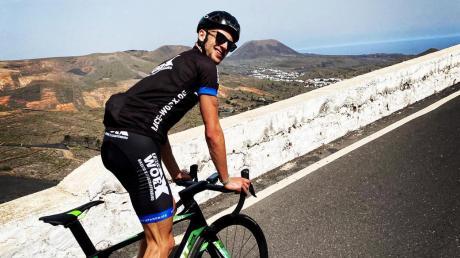 Als Triathlet in mehreren Disziplinen zu Hause: Bastian Glockshuber muss neben dem Schwimmen auch auf dem Fahrrad und beim Laufen Höchstleistung bringen.