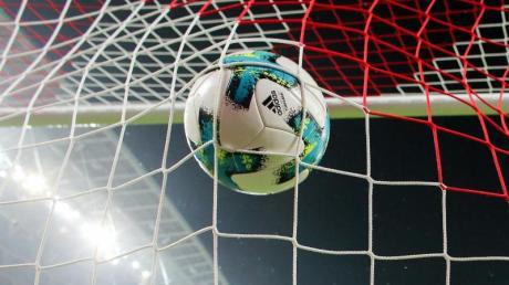 Vom 16. Mai an soll wieder Fußball stattfinden.