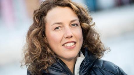 «Ob das jetzt pervers oder einfach typisch Fußball ist, ist schwer zu beurteilen.»: Laura Dahlmeier zum Re-Start der Bundesliga.