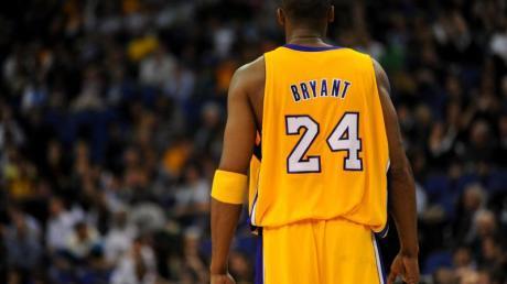 Kobe Bryants Privathubschrauber war Ende Januar in der Nähe von Los Angeles abgestürzt. Alle neun Insassen kamen ums Leben, neben Bryant auch seine 13-jährige Tochter Gianna.