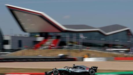 Die Austragung der geplanten zwei Formel-1-Rennen in Silverstone ist nach wie vor unsicher.