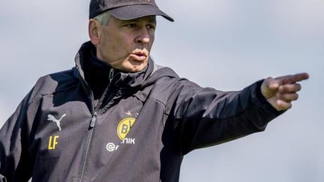 BVB-Trainer Lucien Favre kann wieder auf Abwehr-Ass Mats Hummels bauen.