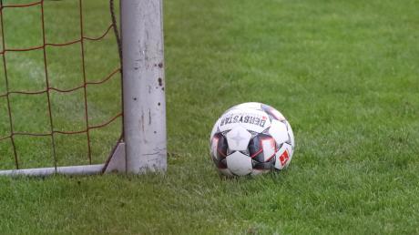 Derzeit ruht der Ball bei den U19-Fußballerinnen des TSV Friedberg. Dennoch hat sich die Mannschaft etwas einfallen lassen, um in der Zwangspause fit zu bleiben.