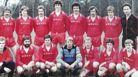 Die Erfolgsmannschaft des SV Donaualtheim zu Beginn der 1980er-Jahre.