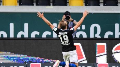 Joel Pohjanpalo schoss den HSV zum Auswärtserfolg.