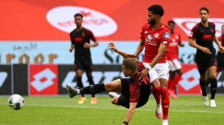 Florian Niederlechner brachte den FC Augsburg gegen Mainz in Führung - nach gerade mal 43 Sekunden.