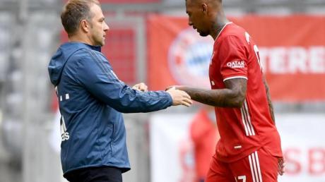 Erfolgs-Duo:Bayern-Coach Hansi Flick und Jérôme Boateng.