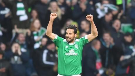 Claudio Pizarro verlässt mit 197 Treffern als zweitbester ausländischer Torschütze die Bundesliga.
