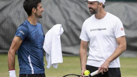 Wurden beide positiv auf das Coronavirus getestet: Novak Djokovic (l) und Goran Ivanisevic.