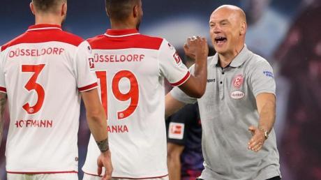 Will mit Düsseldorf den direkten Abstieg verhindern: Fortuna-Coach Uwe Rösler (r).