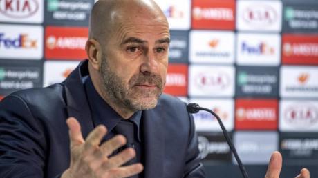 Will des Fernduell mit Gladbach um einen Platz in der Champions League für Bayer Leverkusen entscheiden: Trainer Peter Bosz.