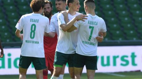 Für Werder Bremen ist der Klassenerhalt auf einmal wieder greifbar nahe.