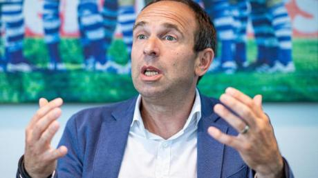 Marketing-Vorstand bei Schalke 04: Alexander Jobst.