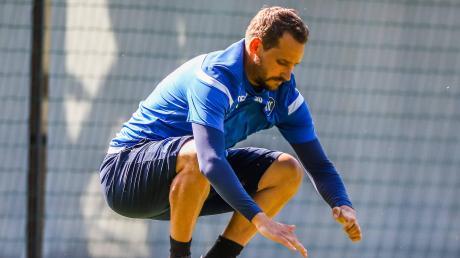 An der Fitness des knapp 33-jährigen Anton Fink gibt es keine Zweifel. Das beweist dieses Bild aus dem Training des Karlsruher SC, das erst wenige Wochen alt ist.