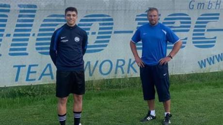 Neuzugang Jonas Behringer (links) und der Trainer der ersten BCS-Mannschaft, Markus Zengerle.