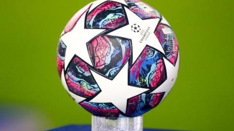 In Nyon in der Schweiz werden die Viertel- und Halbfinal-Paarungen der Champions League und Europa League ausgelost.