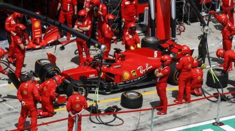 Sebastian Vettel und Ferrari erlebten beim zweiten Spielberg-Rennen einen rabenschwarzen Tag.