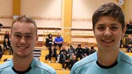 Philipp Ettenreich (links) und Felix Wagner sind die beiden Schiedsrichter-Aushängeschilder der Gruppe Donau.