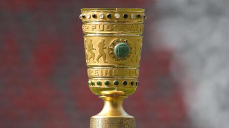 Wann die Partien des DFB-Pokals 2020/21 im TV, Stream und Free-TV oder Pay-TV zu sehen sind sowie alle Infos über teilnehmende Teams und Spielplan finden Sie hier.