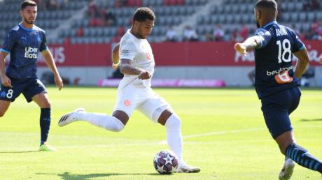 Sorgte beim Bayern-Test für das Siegtor: Serge Gnabry (M).