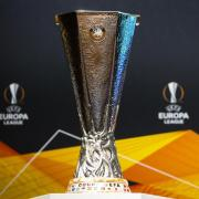 Die Auslosung der Gruppen in der Europa League 2020/21 lässt sich live im TV und Stream sehen. In diesem Artikel gibt es die Infos zur Übertragung.
