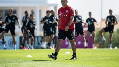 Bayern-Trainer Hansi Flick setzt auf Spieler, die wissen, wie man den FC Barcelona packt.