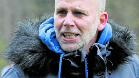 """""""Ich traue mich gar nicht mehr trainieren."""" Michael Betz vom Kreisligisten VfR Foret sieht vor allem Probleme mit Urlaubsrückkehrern."""