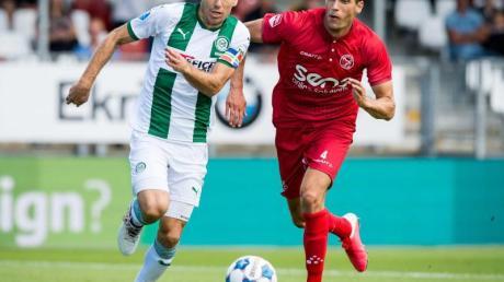 Arjen Robben (l) kam im Testspiel gegen Almere City rund eine halbe Stunde zum Einsatz.