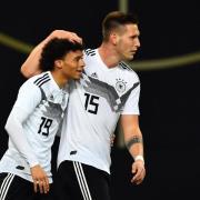 Leroy Sané und Niklas Süle spielen für Deutschland bei der EM 2021. Hier erfahren Sie, wie Sie das Spiel gegen Portugal im TV und Live-Stream sehen.