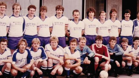 Mit dieser Mannschaft schaffte der SV Holzheim 1987 den Aufstieg in die Bezirksliga.