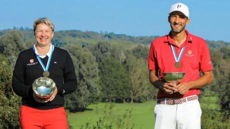 Wurden bayerische Golf-Meister der Altersklasse 30: Tanja Morant und Tarek Buraka.