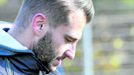 Wie viele Punkte brauchen wir noch? Steffen Hasenfus kämpft mit dem FC Günzburg um den Klassenerhalt in der Fußball-Bezirksliga.